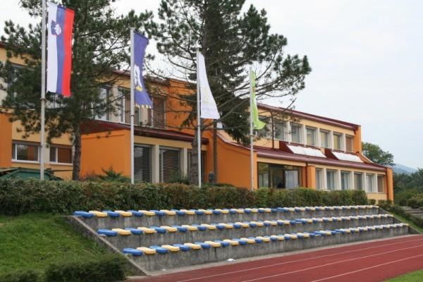 Slika šole